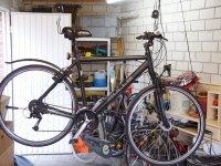 fahrrad wandhalterung test das fahrrad platzsparend. Black Bedroom Furniture Sets. Home Design Ideas