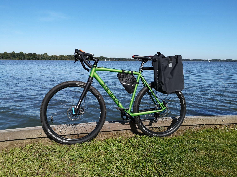 Fahrradtour an Ostern am Meer mit einem Gravelbike